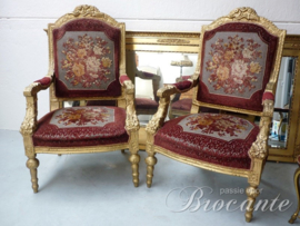 Pair gilt French Louis XIV arm chairs carved, epoque Napoleon III