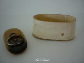 Antieke snuifdoos  in hoorn