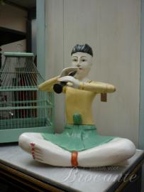 Houten beeld chinees met fluit