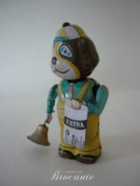 Oude blikken speelgoed (tin toy) hondje belleman met een bordje 'EXTRA'
