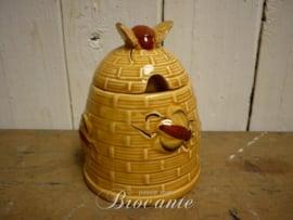 Vintage suikerpotje/honingpotje in de vorm van een bijenkorfje
