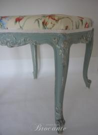 Antiek Frans Lodewijk XV bankje, gepatineerd