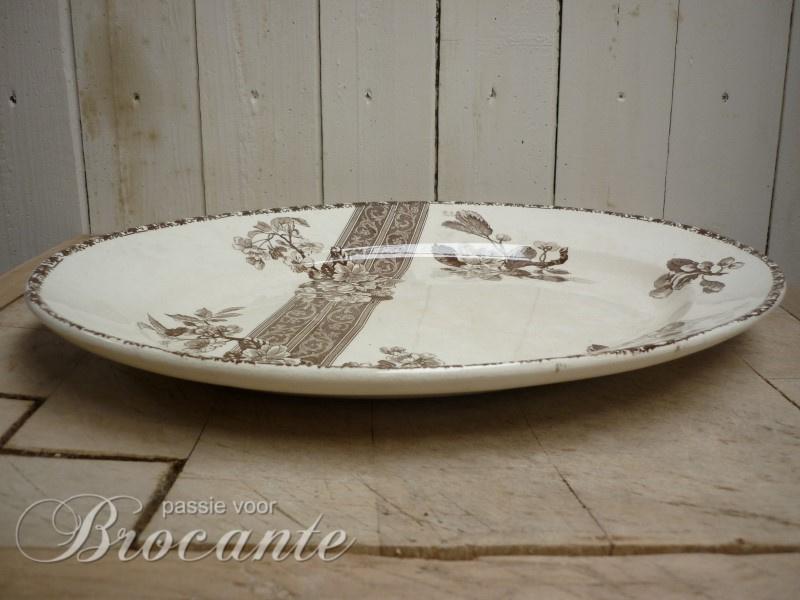 Mooi groot ovalen bord