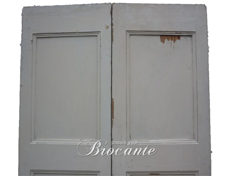 Mooie oude Franse binnenluiken