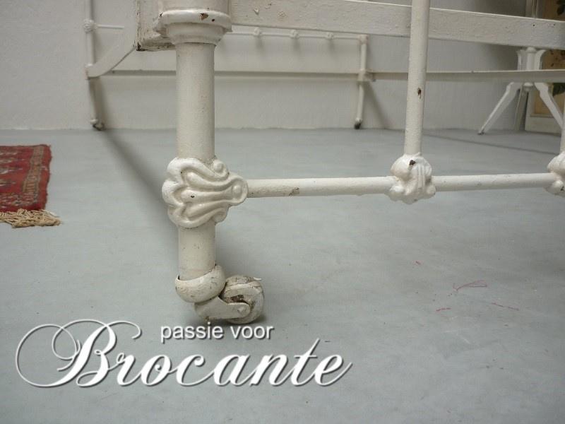 Hedendaags Frans ijzeren ledikant | BROCANTE WEBWINKEL | Passie voor brocante XF-32