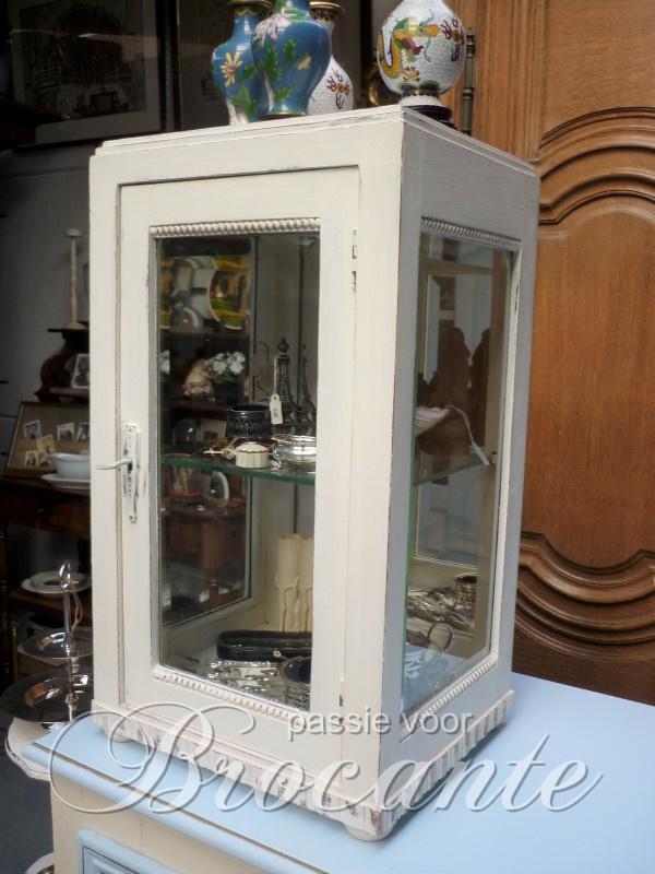 Brocante toonbank vitrine / winkelvitrine