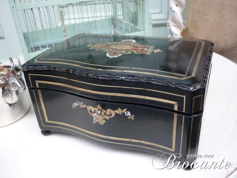 Napoleon III koffertje ingelegd met schildpad, ivoor en messing