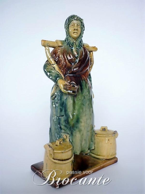 Melkboerin in poterie flamande