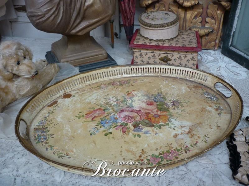 Napoleon III ovalen plateau in beschilderde tôle