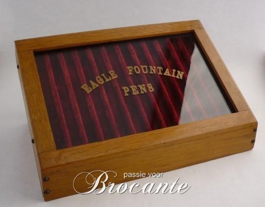Pennen display, Passie voor Brocante
