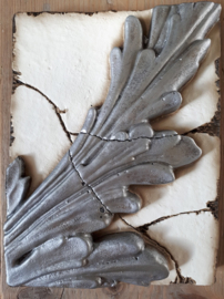 Silver Feather (ca 16 x 20 cm)