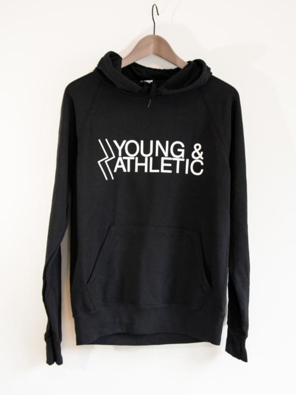 Y & A Hoodie (zwart)