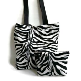 Totebag met zebraprint met bijpassend make-up tas