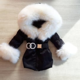 GEEN RETOUR  DAMES |  Zwarte Winterjas met grote  bontkraag |