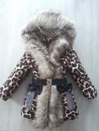 GEEN RETOUR |  Winterjas met grote  bontkraag