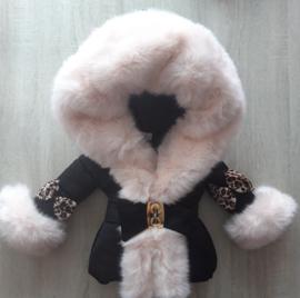 Winterjas met grote bontkraag |