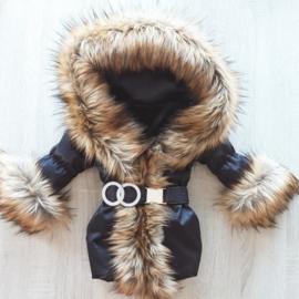 DAMES |  Zwarte Winterjas met grote  bontkraag | D2