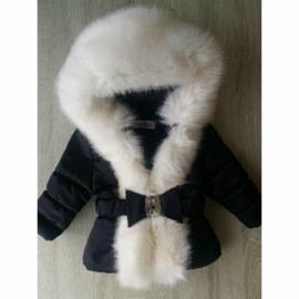 Zwarte Winterjas met grote bontkraag  -Black