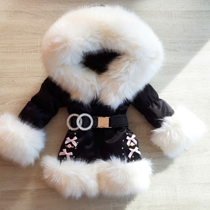 Zwarte Winterjas met grote bontkraag | Strikjes  Steentjes V3