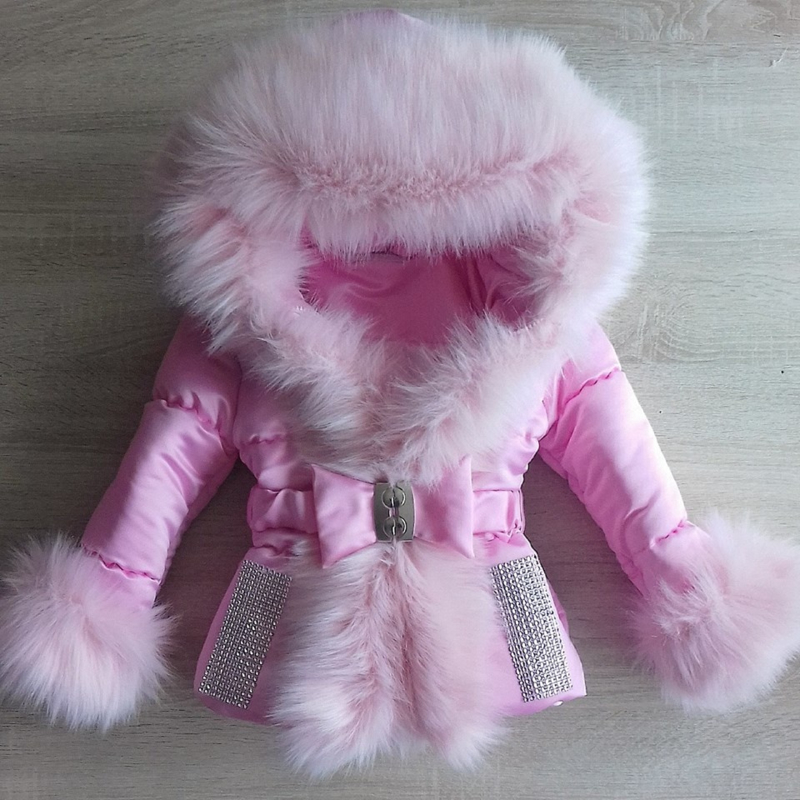 Winterjas met grote zachte bontkraag  Bontkraag