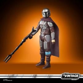 PRE-ORDER Star Wars The Mandalorian Retro Collection 2022 The Mandalorian (Beskar)
