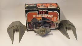 Tie Interceptor met doos