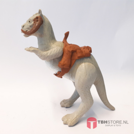 TaunTaun Closed Belly