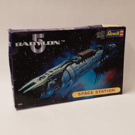 Babylon 5 Space Station Revell