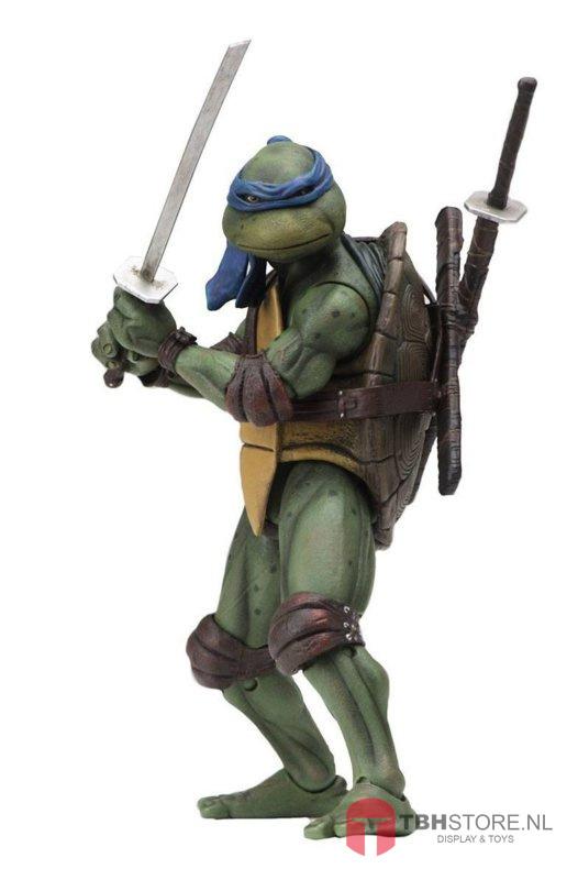 PRE-ORDER Teenage Mutant Ninja Turtles (TMNT) Leonardo 18 cm