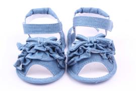 Blauwe jeans look sandaal met strik