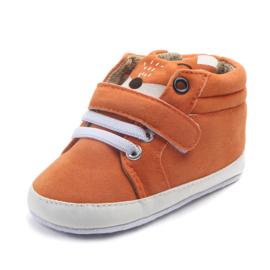 Oranje enkelschoentjes met vossenoren