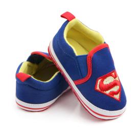 Blauwe Superman instappers