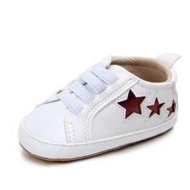 Witte sneakers met rode sterren
