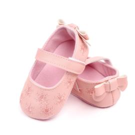 Roze ballerina met borduurwerk
