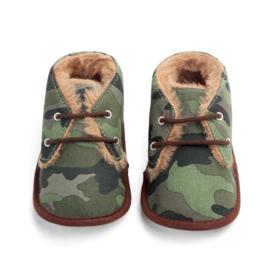 Legergroene  gevoerde schoenen