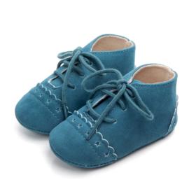 Blauwe suède schoenen