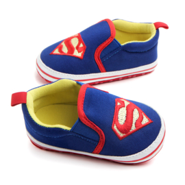 Blauwe Superman instappers