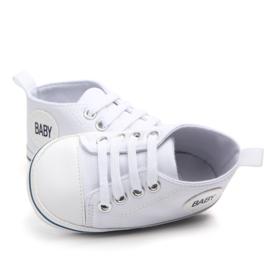 Witte sneakers met baby logo