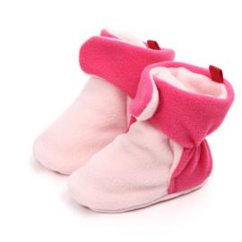 Roze babysloffen