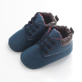 Blauwe schoentjes met elastische veters