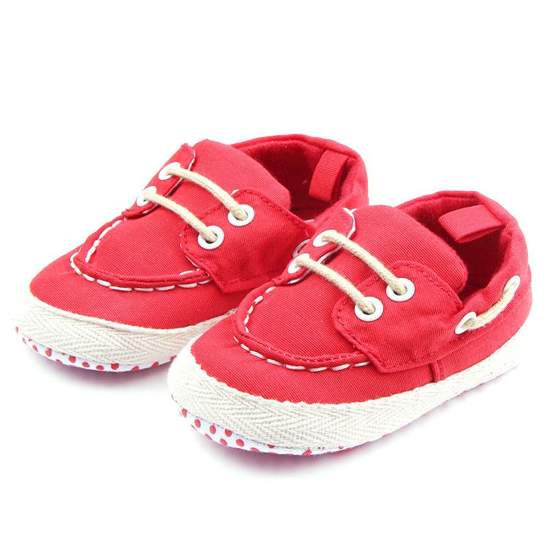 Rode bootschoenen