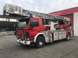 Scania P93 ESCALERA COCHE 30 METROS
