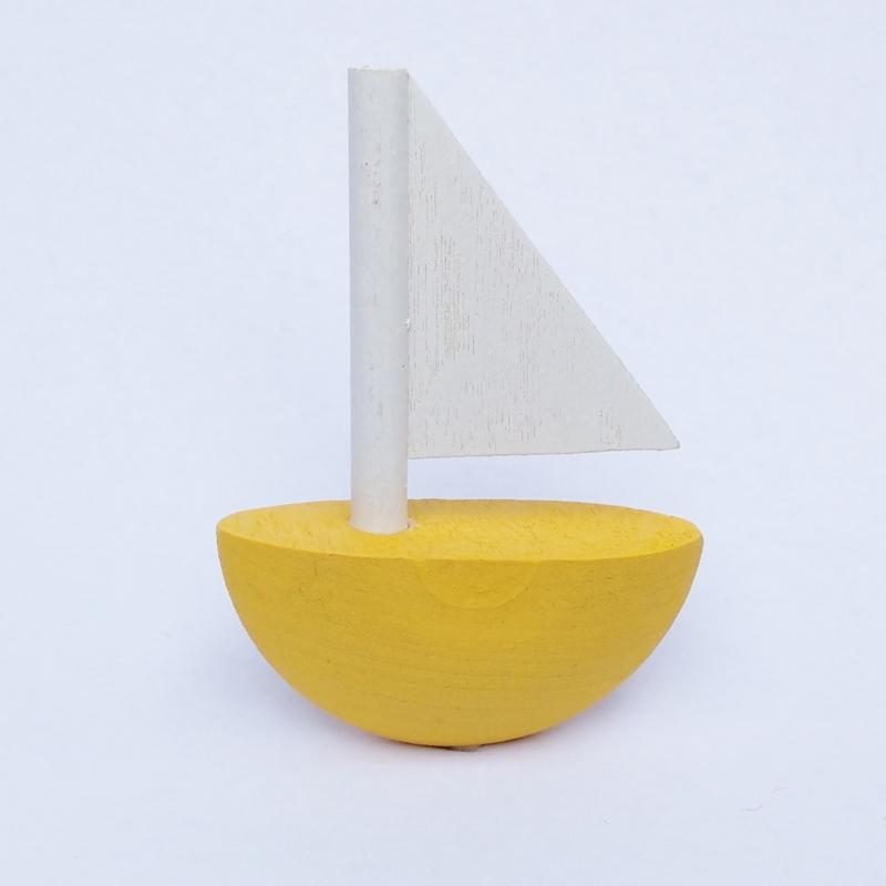 Deco klein Zeilboot geel