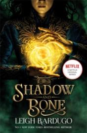 Shadow and Bone - Book 1