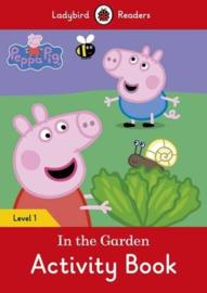 Peppa Pig: In The Garden Activity Book - Ladybird Readers Level 1