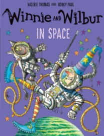 Winnie and Wilbur: in Space