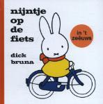 nijntje op de fiets in 't Zeêuws (Dick Bruna) (Hardback)