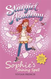 Stargirl Academy 3: Sophie's Shining Spell (Vivian French)