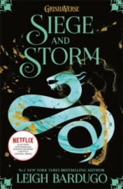 Shadow and Bone: Siege and Storm - Book 2