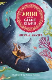 Ariki And The Giant Shark (Nicola Davies, Nicola Kinnear)